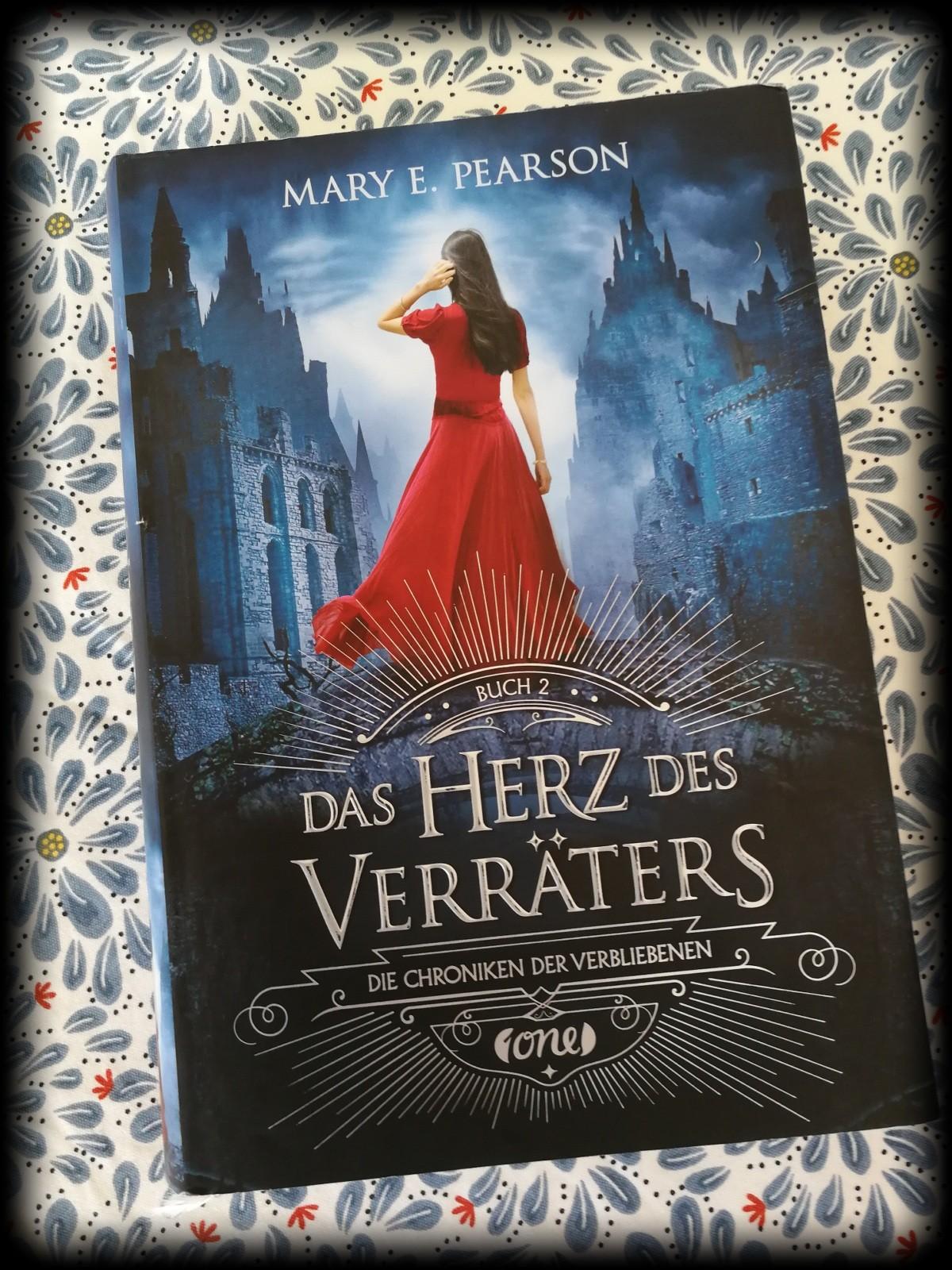 """Rezension zu """"Das Herz des Verräters"""" von Mary E. Pearson – Mein ..."""